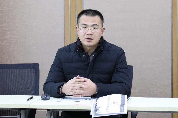 教务处副主任孔大伟做汇报.JPG